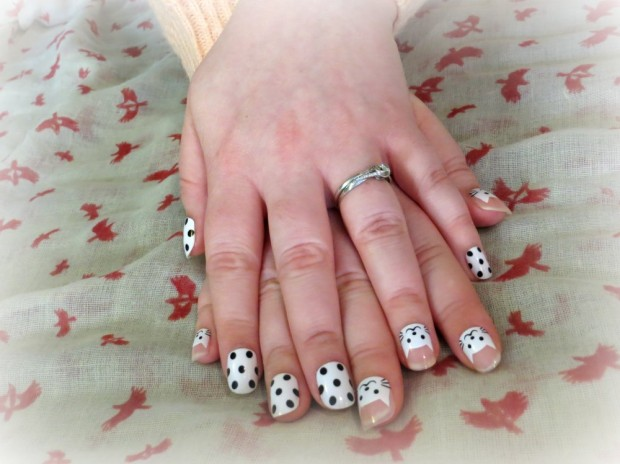 Polka dot and cat false nails. Cheapest and cutest nails you've ever seen?