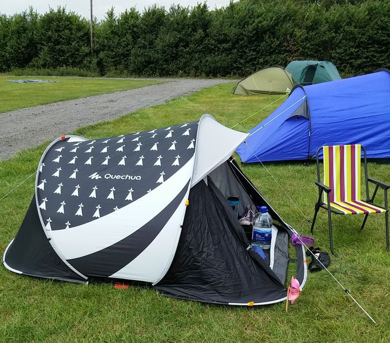 Quechua Easy 2 Breton 2 Seconds pitched at Blogstock & Review: Quechua Easy 2 Seconds 2 Man Tent - RachelBirchley ...